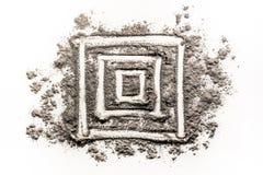 Τετραγωνικό σχέδιο μορφής γεωμετρίας στο ρύπο Στοκ εικόνα με δικαίωμα ελεύθερης χρήσης