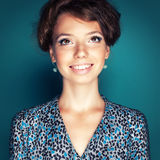 Τετραγωνικό χαμογελώντας κορίτσι εικόνας Στοκ Εικόνες