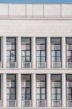 τετραγωνικό architeture παραθύρων Στοκ φωτογραφία με δικαίωμα ελεύθερης χρήσης