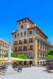 Τετραγωνικό Plaza Ramales της Μαδρίτης στο στο κέντρο της πόλης της πόλης με Στοκ εικόνα με δικαίωμα ελεύθερης χρήσης