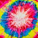 Τετραγωνικό watercolor με την επίδραση δεσμός-χρωστικών ουσιών ουράνιων τόξων στοκ εικόνες