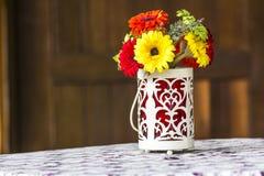 Τεχνητά λουλούδια. Στοκ φωτογραφίες με δικαίωμα ελεύθερης χρήσης