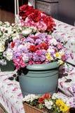 Τεχνητά λουλούδια Στοκ φωτογραφία με δικαίωμα ελεύθερης χρήσης