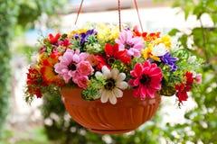 Τεχνητό λουλούδι διακοσμήσεων Στοκ εικόνες με δικαίωμα ελεύθερης χρήσης
