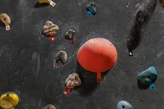 Τεχνητό πρότυπο τοίχων αναρρίχησης bouldering στοκ εικόνες