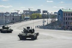 Τεχνική στη στρατιωτική παρέλαση Στοκ εικόνα με δικαίωμα ελεύθερης χρήσης