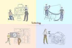 Τεχνικοί που επισκευάζουν την ηλεκτρονική, τεχνικό κέντρο υπηρεσιών επισκευαστών εξοπλισμού, λεπτομέρειες καμερών που ελέγχει το  ελεύθερη απεικόνιση δικαιώματος