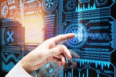 Τεχνολογία, χρήστης και έννοια analytics Στοκ Εικόνες