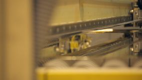 Τεχνολογική βιομηχανική κοπή μετάλλων φιλμ μικρού μήκους