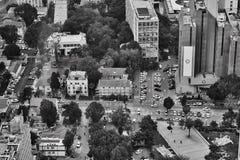 Τελ Αβίβ - 10 06 2017: Εναέρια άποψη σχετικά με τους δρόμους του Τελ Αβίβ και propert Στοκ Εικόνα