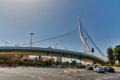 Τελ Αβίβ - 20 04 2017: Κεντρική διάσημη γέφυρα πόλεων της Ιερουσαλήμ και Στοκ Εικόνα
