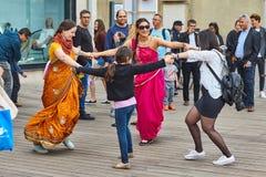 Τελ Αβίβ - 20 Φεβρουαρίου 2017: Θιασώτες Krishna λαγών που γιορτάζουν το δ στοκ φωτογραφία