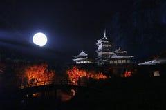 Τελετουργικό μουσικής της Zen Shaolin υπαίθριος ένας ελαφρύς παρουσιάζει και η απόδοση πολεμικών τεχνών στην Κίνα Στοκ Εικόνες