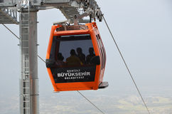 Τελεφερίκ στο οροπέδιο Bagbasi από την πόλη Denizli cente Στοκ εικόνες με δικαίωμα ελεύθερης χρήσης