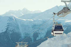 Τελεφερίκ στο χιονοδρομικό κέντρο Arkhyz Στοκ Φωτογραφίες