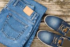 Τζιν και παπούτσια τζιν Στοκ Εικόνα