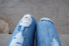 Τζιν παντελόνι με τις γυναίκες στοκ εικόνα με δικαίωμα ελεύθερης χρήσης