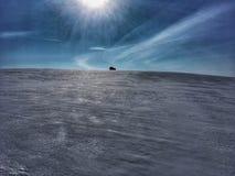 τζιπ στο χιόνι στοκ φωτογραφία με δικαίωμα ελεύθερης χρήσης