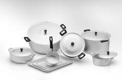 Τηγάνι κουζινών σε ένα ελαφρύ υπόβαθρο Στοκ φωτογραφίες με δικαίωμα ελεύθερης χρήσης