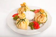 Τηγανίτες με τα μανιτάρια και τη σάλτσα Στοκ εικόνες με δικαίωμα ελεύθερης χρήσης