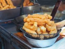 Τηγανητά Patongko, τηγανισμένα ραβδιά Youtiao ζύμης Στοκ Εικόνες