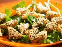 Τηγανισμένα δαγκώματα του ψωμιού με tofu και το σουσάμι στοκ φωτογραφίες με δικαίωμα ελεύθερης χρήσης