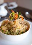 Τηγανισμένα η Σιγκαπούρη noodles ρυζιού Στοκ Φωτογραφίες