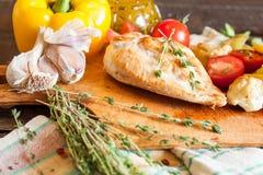 τηγανισμένα κοτόπουλο λ&a Στοκ φωτογραφίες με δικαίωμα ελεύθερης χρήσης