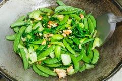 Τηγανισμένα λαχανικά με τις γαρίδες Στοκ εικόνες με δικαίωμα ελεύθερης χρήσης