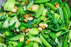 Τηγανισμένα λαχανικά με τις γαρίδες Στοκ φωτογραφία με δικαίωμα ελεύθερης χρήσης