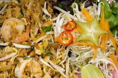 Τηγανισμένα ραβδιά ρυζιού με τις γαρίδες Στοκ Φωτογραφίες
