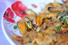 Τηγανισμένα ταϊλανδικά τρόφιμα γαρίδων εύγευστα στοκ εικόνα με δικαίωμα ελεύθερης χρήσης