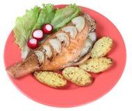 Τηγανισμένα ψάρια και λαχανικά Στοκ Εικόνα