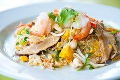 τηγανισμένα noodles ανακατώνουν τα λαχανικά Στοκ Εικόνα