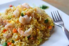 τηγανισμένες γαρίδες ρυ&ze Στοκ Φωτογραφία