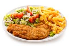 Τηγανισμένες κρέας και τηγανιτές πατάτες Στοκ φωτογραφίες με δικαίωμα ελεύθερης χρήσης