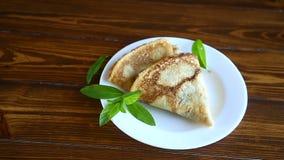 Τηγανισμένες τηγανίτες λεπτά φιλμ μικρού μήκους