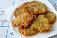 Τηγανισμένες τηγανίτες με την πατάτα Στοκ εικόνες με δικαίωμα ελεύθερης χρήσης