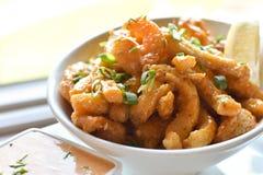 Τηγανισμένες Calamari & γαρίδες Στοκ Φωτογραφίες