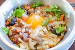 Τηγανισμένη ουσία αυγών με την καυτή πανοραμική λήψη Στοκ Εικόνα