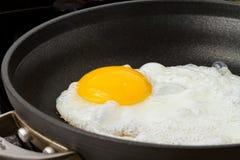 Τηγανισμένο αυγό Στοκ φωτογραφίες με δικαίωμα ελεύθερης χρήσης