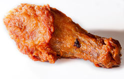 Τηγανισμένο κοτόπουλο με τη σκιά που απομονώνεται Στοκ Εικόνες