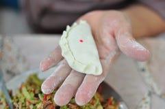 Τηγανισμένο κουλούρι με το χορτοφάγο κινεζικό ύφος ουσίας στοκ εικόνα