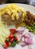 Τηγανισμένο συρραφή ρύζι γαρίδων στοκ εικόνα με δικαίωμα ελεύθερης χρήσης