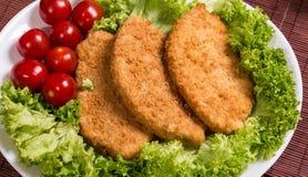Τηγανισμένο χτυπημένο στήθος κοτόπουλου Στοκ Εικόνες