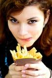 τηγανιτές πατάτες νόστιμε&sigm στοκ φωτογραφία με δικαίωμα ελεύθερης χρήσης