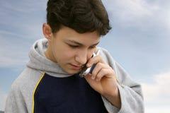 τηλέφωνο αγοριών Στοκ φωτογραφίες με δικαίωμα ελεύθερης χρήσης