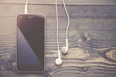 Τηλέφωνο και ακουστικά Στοκ φωτογραφίες με δικαίωμα ελεύθερης χρήσης