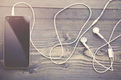 Τηλέφωνο και ακουστικά Στοκ εικόνες με δικαίωμα ελεύθερης χρήσης