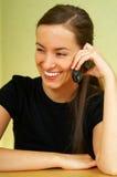 τηλέφωνο κυττάρων talkin στοκ εικόνες με δικαίωμα ελεύθερης χρήσης
